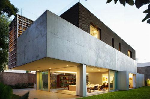 Casas modernas, unifamiliares.